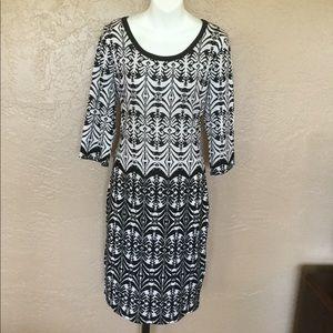 Derek Heart Knit Dress L Modern Arabesque Print